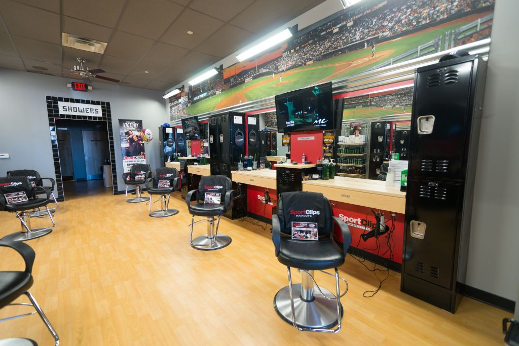 sports clips haircuts locations hollister construction services experience retail 5746 | SportsClips 2